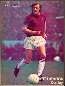 Keith newton, Burnley 1975
