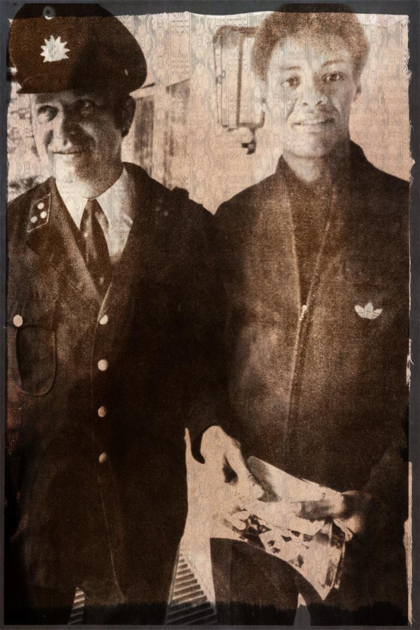 Ernst Jean-Joseph with Munich policeman