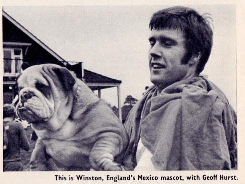 Geoff Hurst & Winston, England 1970