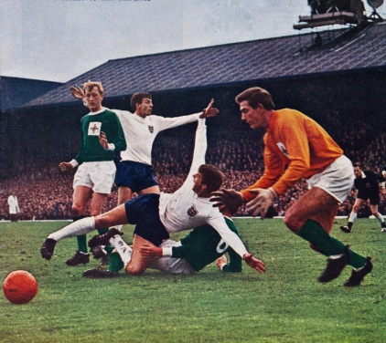 Northern Ireland v England, 1964