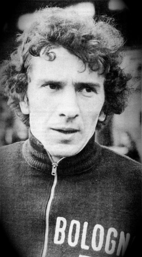 Giuseppe Savoldi, Bologna 1975