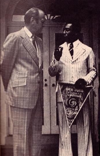 Splendidly be-suited Pele in New York, 1976