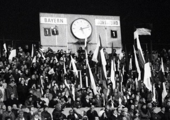 Bay Munich 11 Dortmund 1, Nov 1971