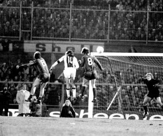 Cruyff v Sepp Maier, Ajax v Bayern Munich European Cup 1973
