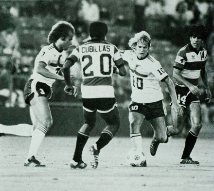 Cubillas, Fort Lauderdale Strikers v California Surf
