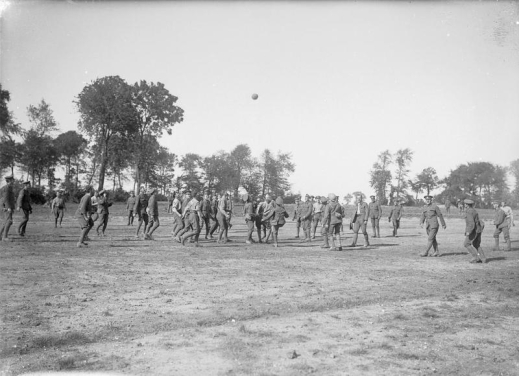 Football on the Western Front, 1916