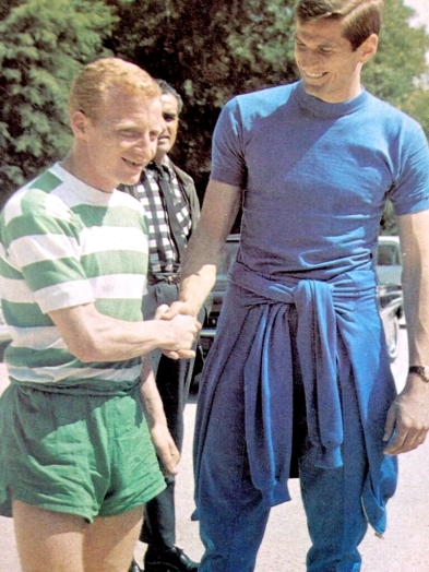 Little & Large - Jimmy Johnstone & Giacinto Facchetti meet before the game
