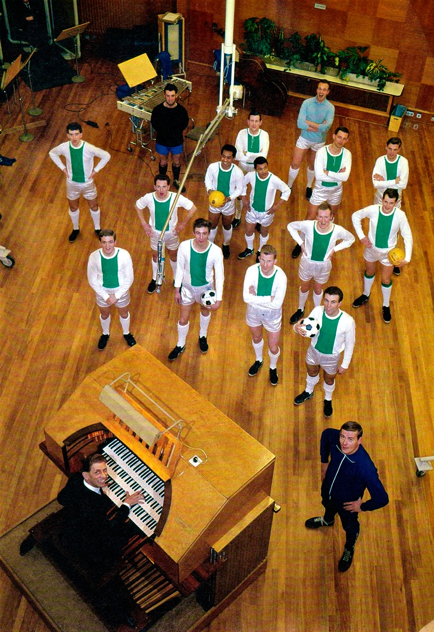 FC Hilversum in a local recording studio with acclaimed Dutch organist Cor Steyn.