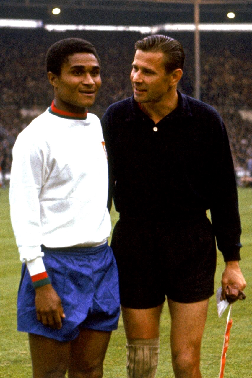 Lev Yashin & Eusebio Soviet Union v Portugal World Cup 1966 3rd