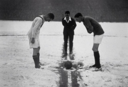 1926 - Arsenal v Man United kick-off