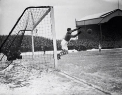 1938 - Charlton Athletic goalkeeper Sam Bartram at a snow covered Valley