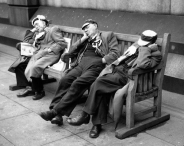 1956 - a trio of Manchester City supporters have a nap in Trafalgar Square before their Final v Birmingham City