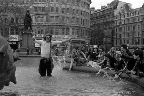 1979 - Manchester United fan in Trafalgar Square fountain before the FA Cup Final v Arsenal