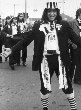 1974 - Newcastle Utd fan en route to Wembley