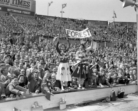 1959 - Nottingham Forest at Wembley for their club's Final v Luton Town