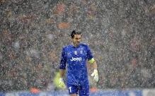 Gianluigi Buffon in the snow