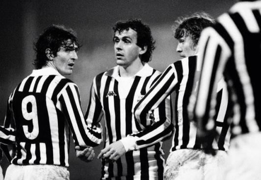 Rossi, Platini & Boniek form a wall in European Cup tie v Aston Villa, 1983