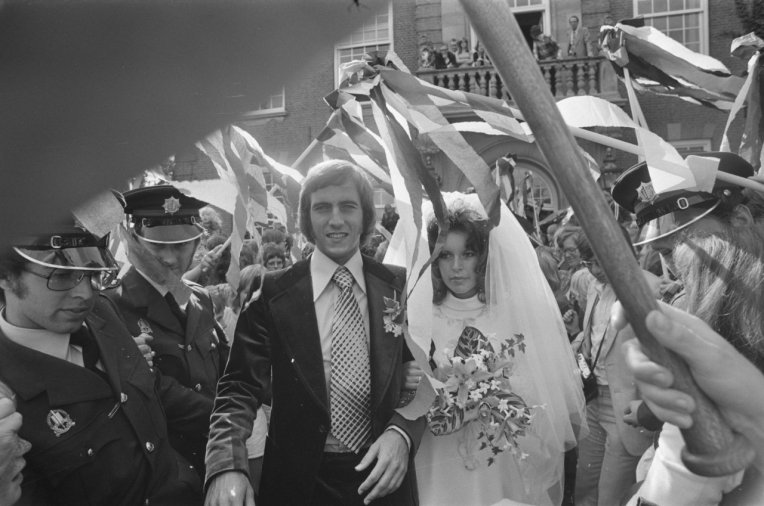 Neeskens marries Marianne Schiphof, 1974