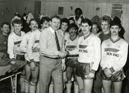 Captain Sammy Conn welcoming new manager Tommy Gemmell, 1983
