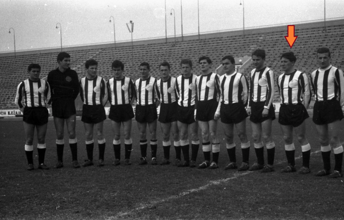 Zivko is indicated on this 1962 Partizan Belgrade team shot.