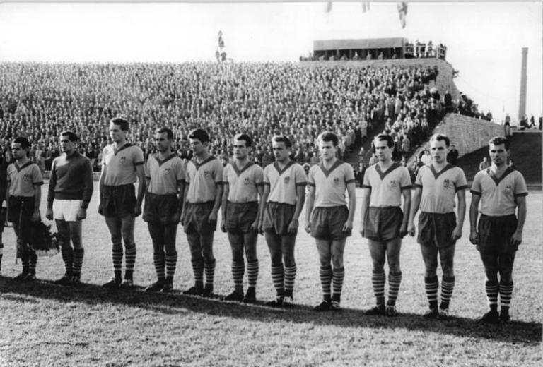 ASK Vorwarts Berlin - Wolyerhampten Wanderers 2:1, Mannschaftsfoto