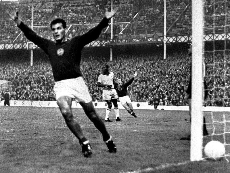 janos-farkas-hungary-v-brazil-1966
