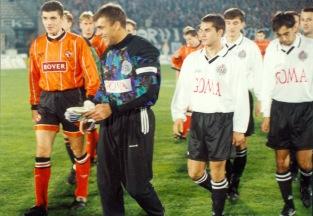 Partizan v Dundee Utd pre-match